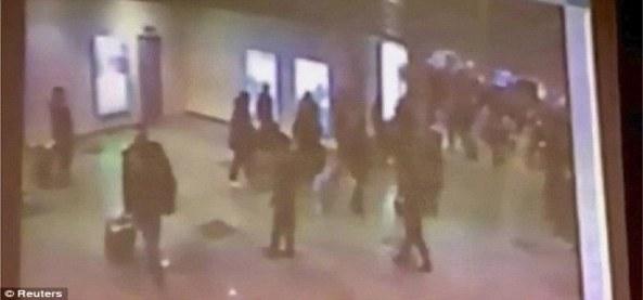 Attentat de l'aéroport de Moscou-Domodedovo - 24 janvier 2011 - Quelques secondes avant l'explosion